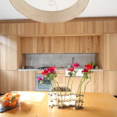 Cuisine chêne et marbre naturel