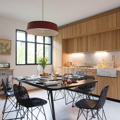 Cuisine Ikea  adaptée& table sur mesure